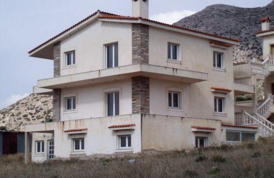 Villa under construction near the sea