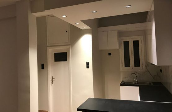 Renovated apartment in Pagkrati