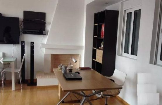 Apartment near Athens Tower