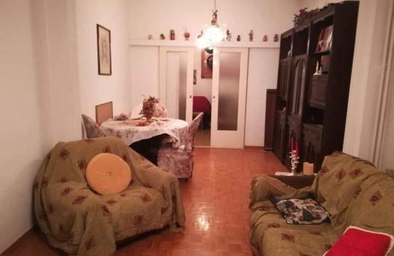 Spacious apartment in Leoforos Liosion